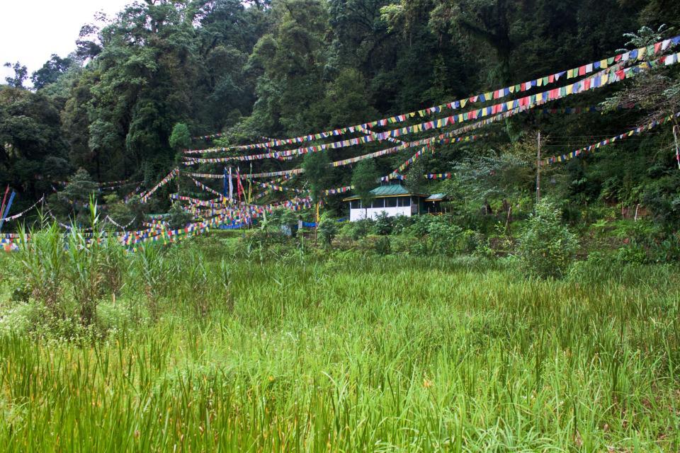 El lago Khecheopari en Sikkim , India