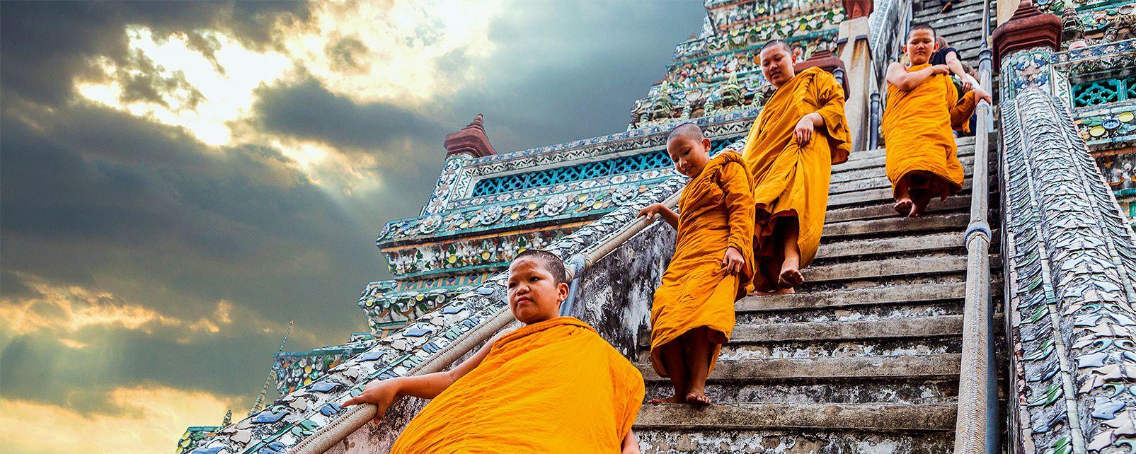 La scalinata del Wat Arun, Wat Arun - Bangkok, I monumenti, Bangkok, Thailandia