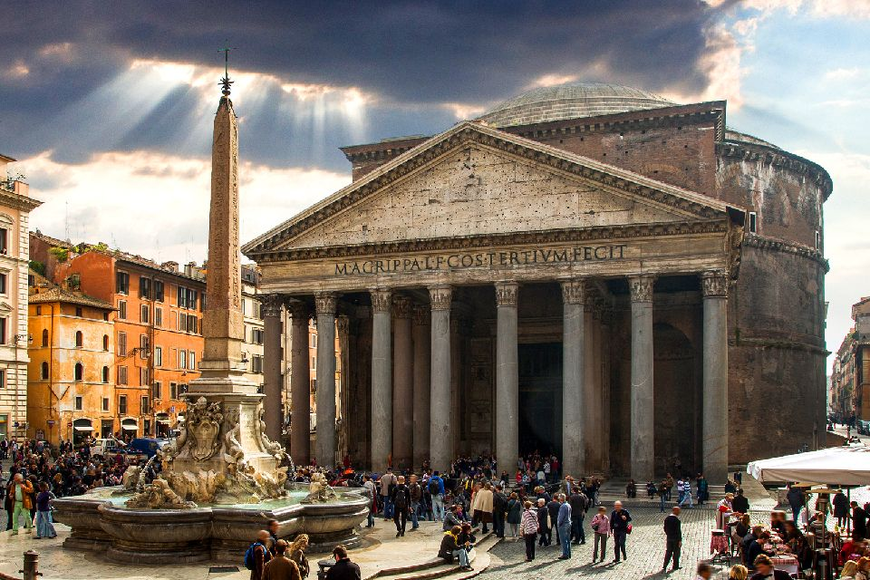 Pantheon , Italie