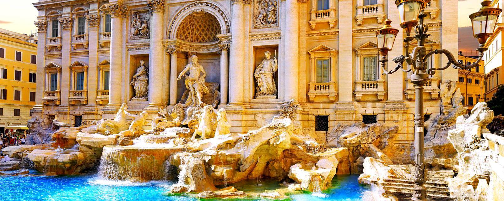 La Fontaine de Trevi , Italie