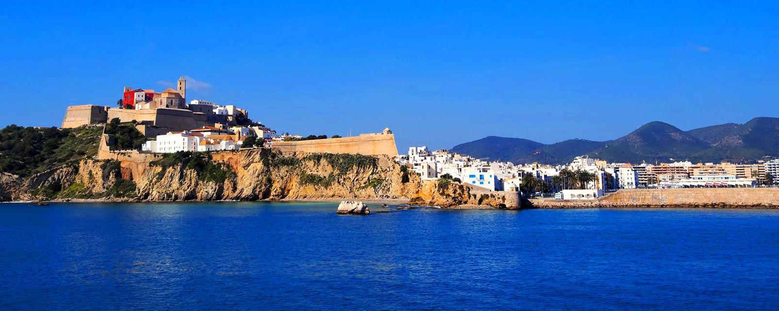 La citadelle d'Eivissa, capitale d'Ibiza , The citadel of Ibiza (Eivissa) , Spain