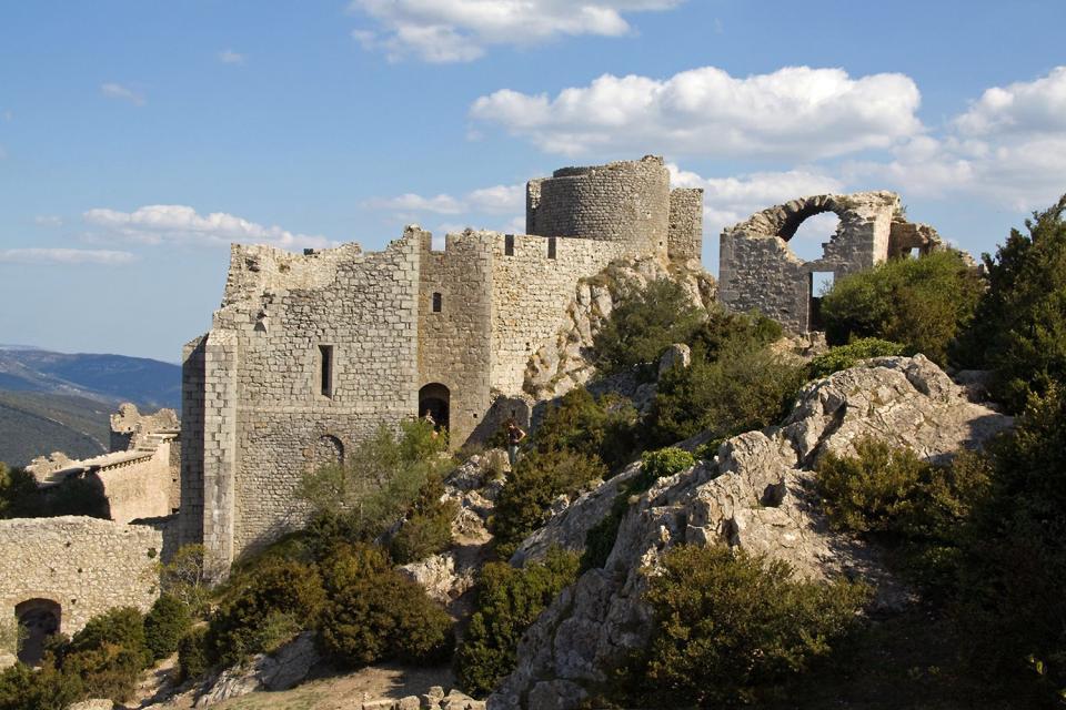 Le château de Peyrpertuse , Francia
