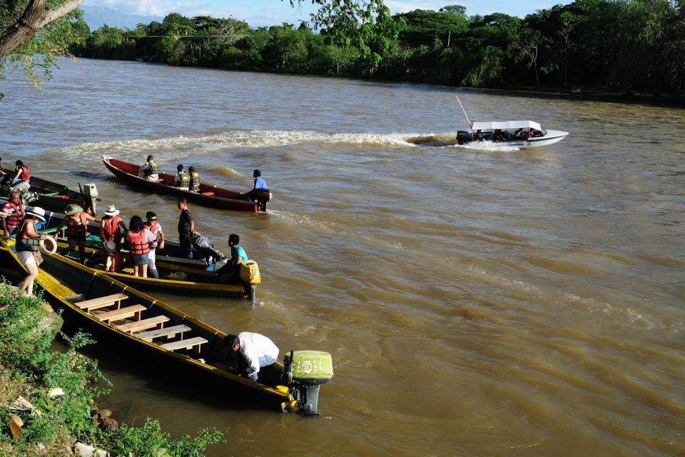 El río Magdalena , Colombia