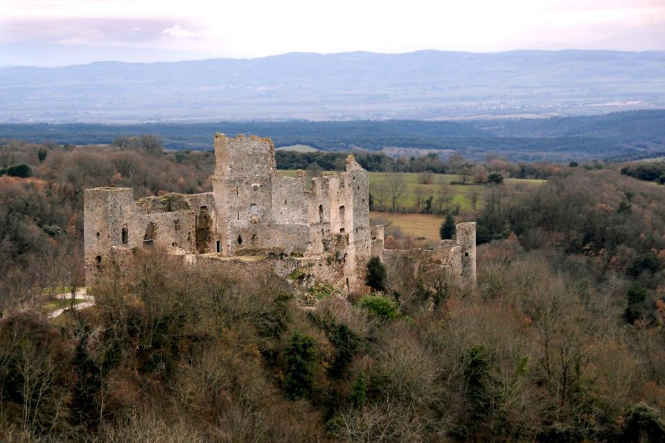 Le château de Saissac , Francia