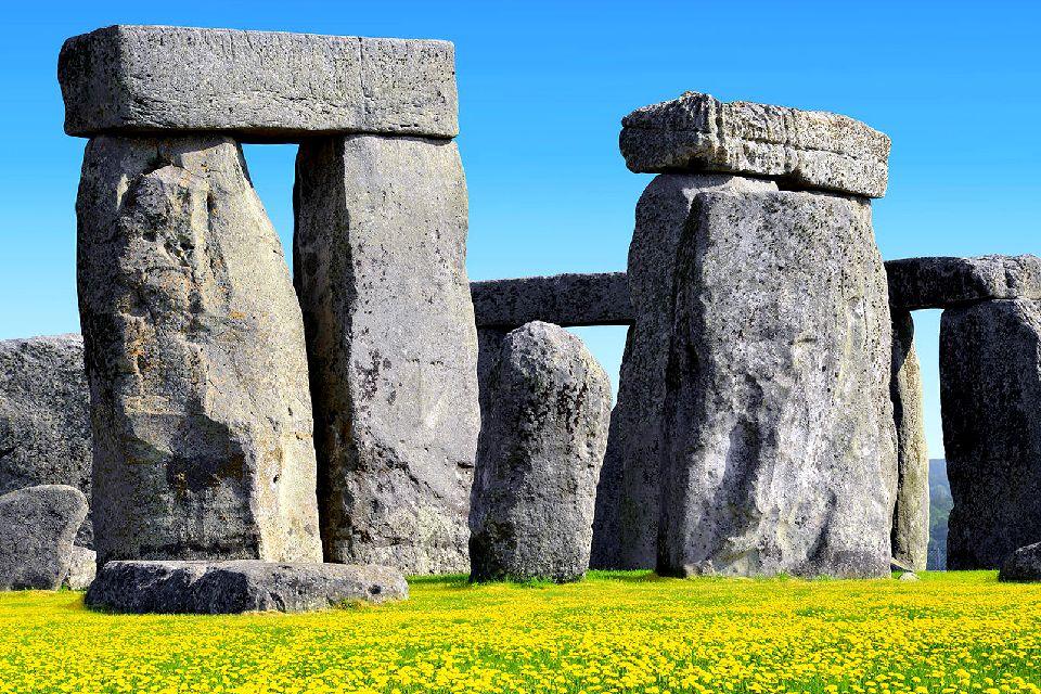 Stonehenge , United Kingdom
