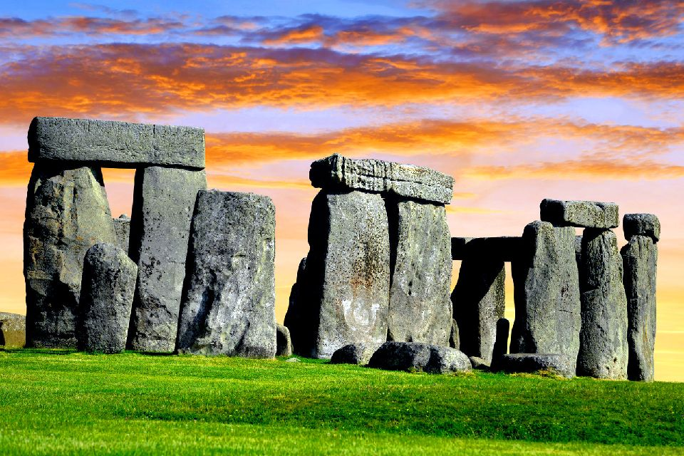 Stonehenge , United Kingdom