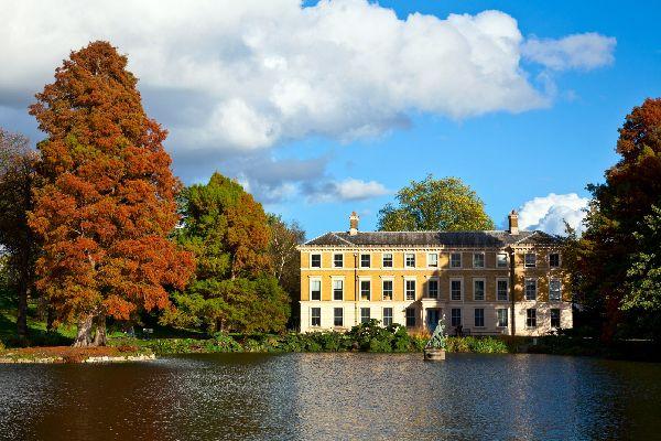 Jardins royaux de Kew , Un des bâtiments des jardins , Royaume-Uni