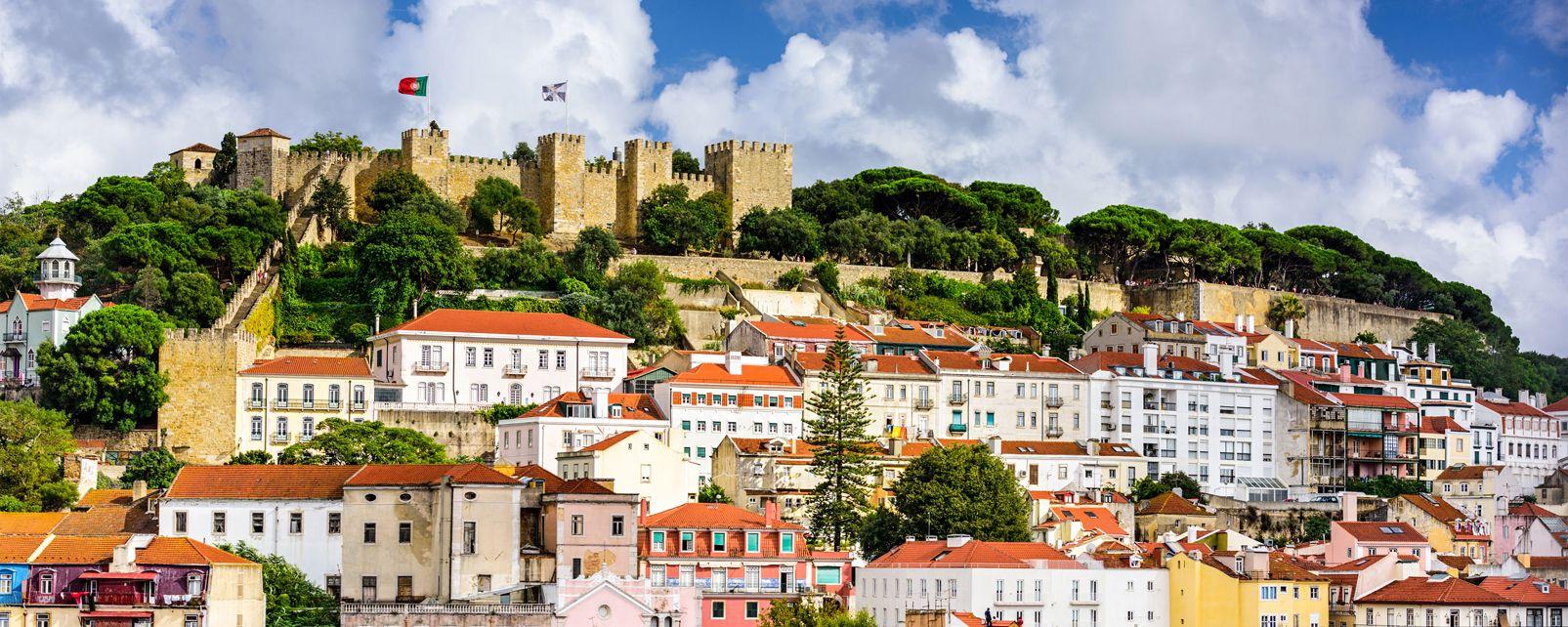 le ch teau saint georges lisbonne le nord et le centre du portugal portugal. Black Bedroom Furniture Sets. Home Design Ideas