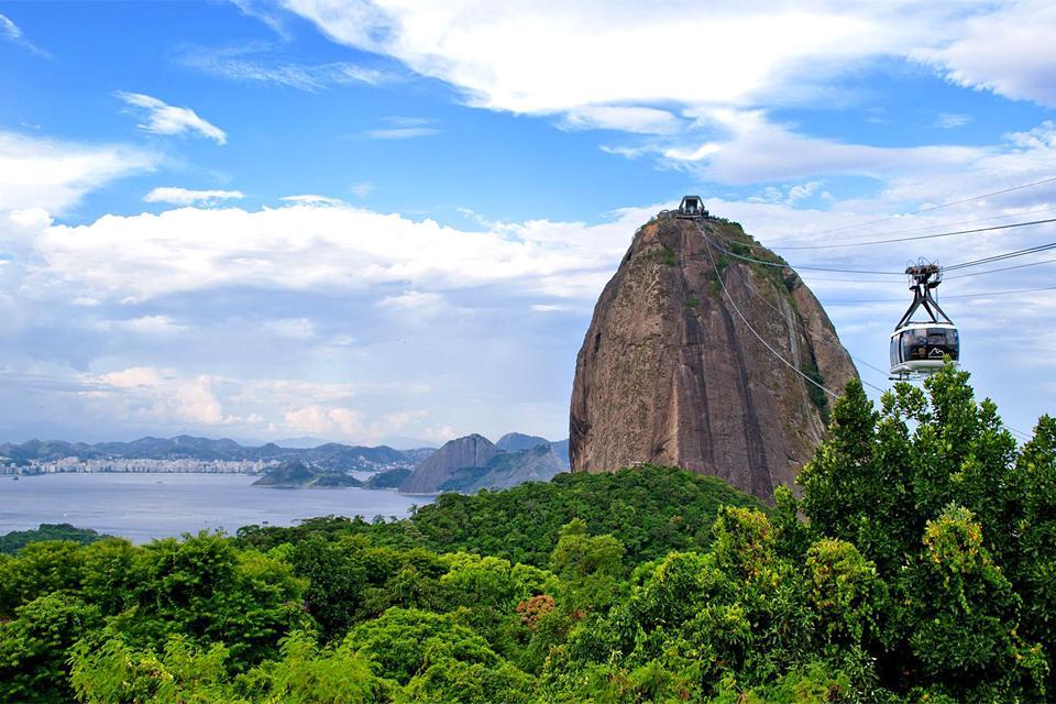 Le pain de Sucre , Brésil