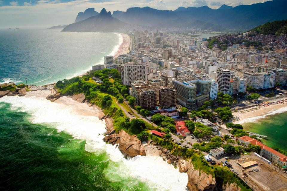 La plage de Copacabana , Brésil