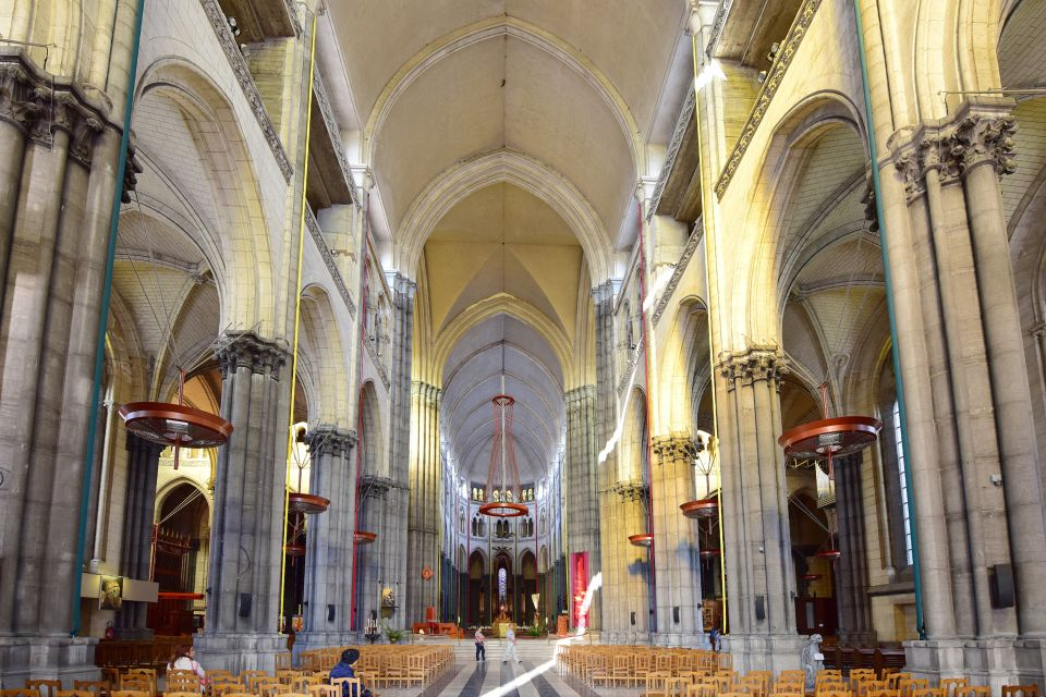 Les monuments, notre-dame, église, de la treille, france, lille, europe, nord, hauts-de-france, culte, religion, catholicisme, culture