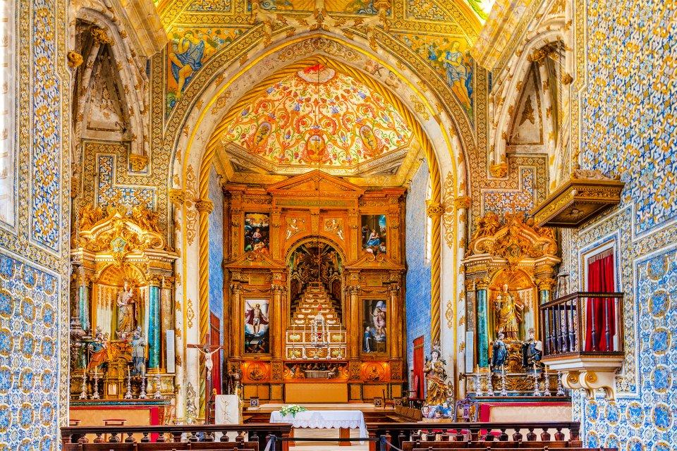 Réputée dans le monde entier, L'université de Coimbra, Les monuments et les balades, Coimbra, Le nord et le centre du Portugal