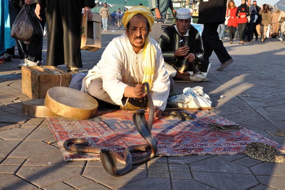 La place Jemna El Fna , Maroc