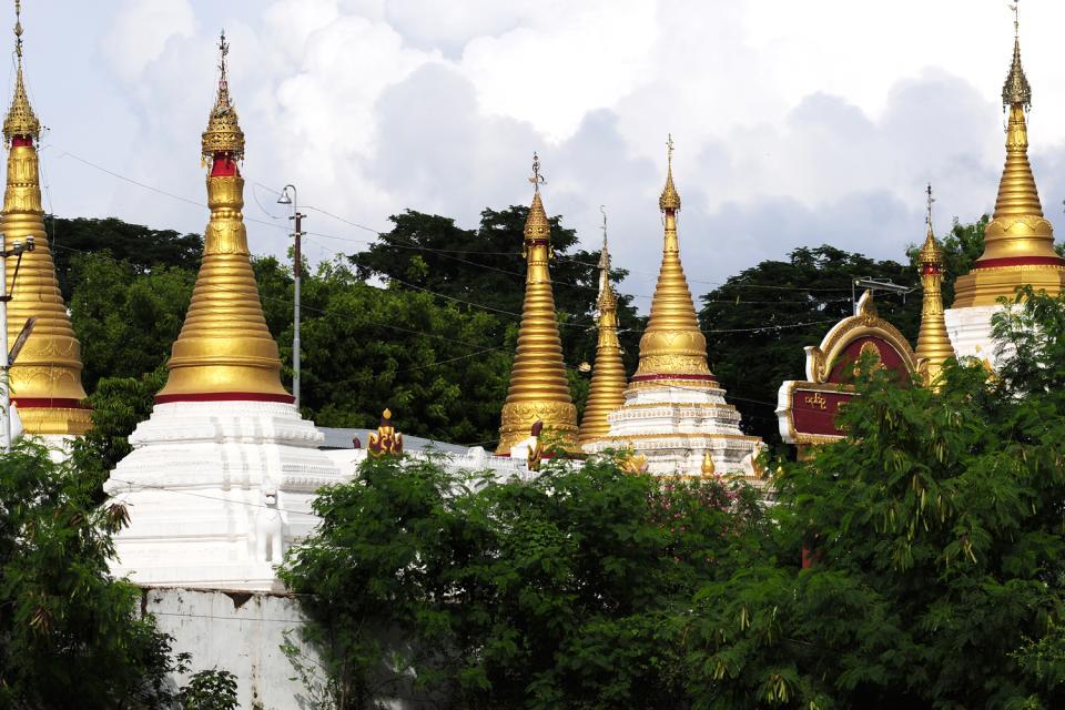 Sagaing, Les arts et la culture, Une forêt de pagodes, Birmanie