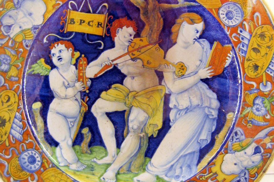 Musée des tissus et des arts décoratifs de Lyon , France