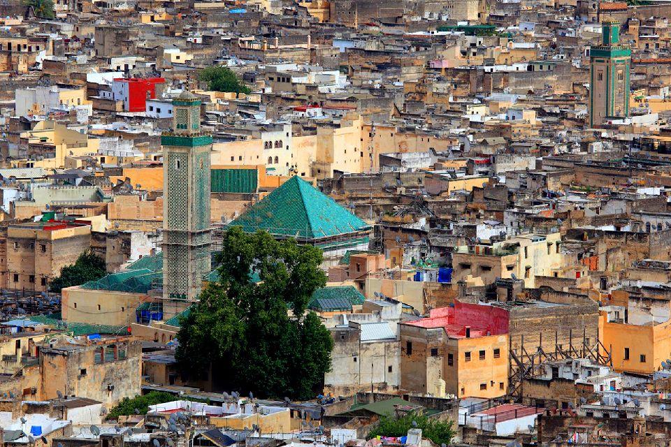 La médina de Fès , Une mosquée dans la Médina de Fés , Maroc
