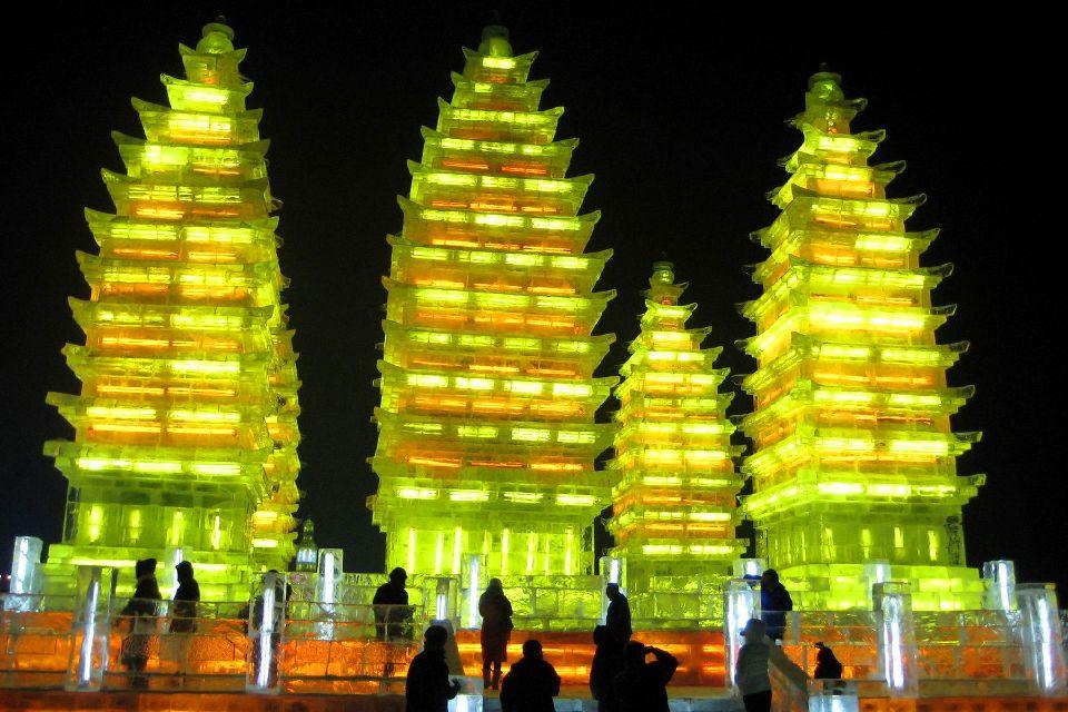 Le festival de sculpture sur glace à Harbin , Château de glace , Chine