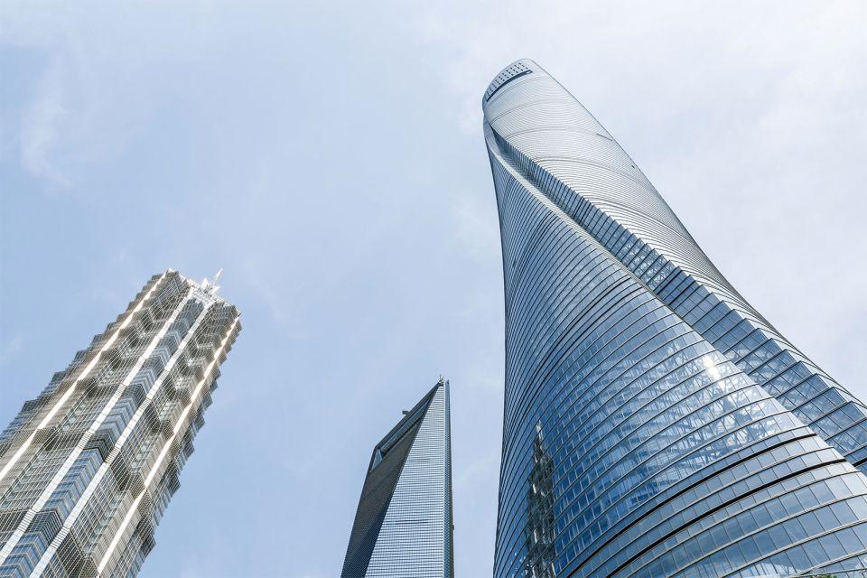 Les monuments et les balades, Chine, asie, lujiazui, shanghaï, tour, tour de shanghaï, shanghai, architecture, démesure.