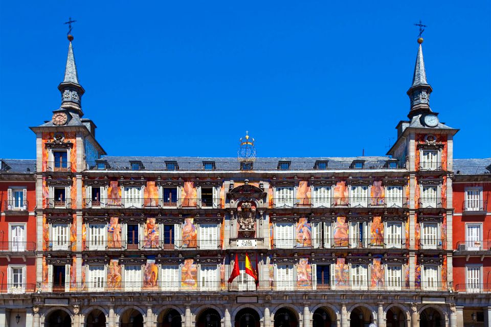 La Plaza Mayor de Madrid , Espagne
