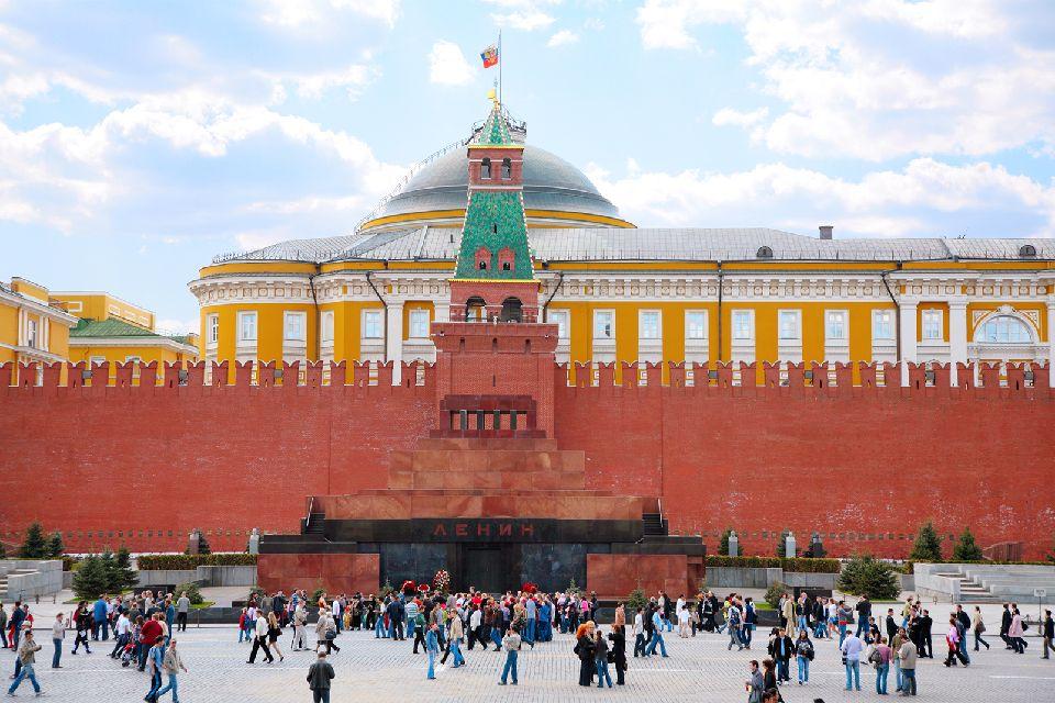 Le Mausolée de Lénine , Au pied des murailles du Kremlin , Russie
