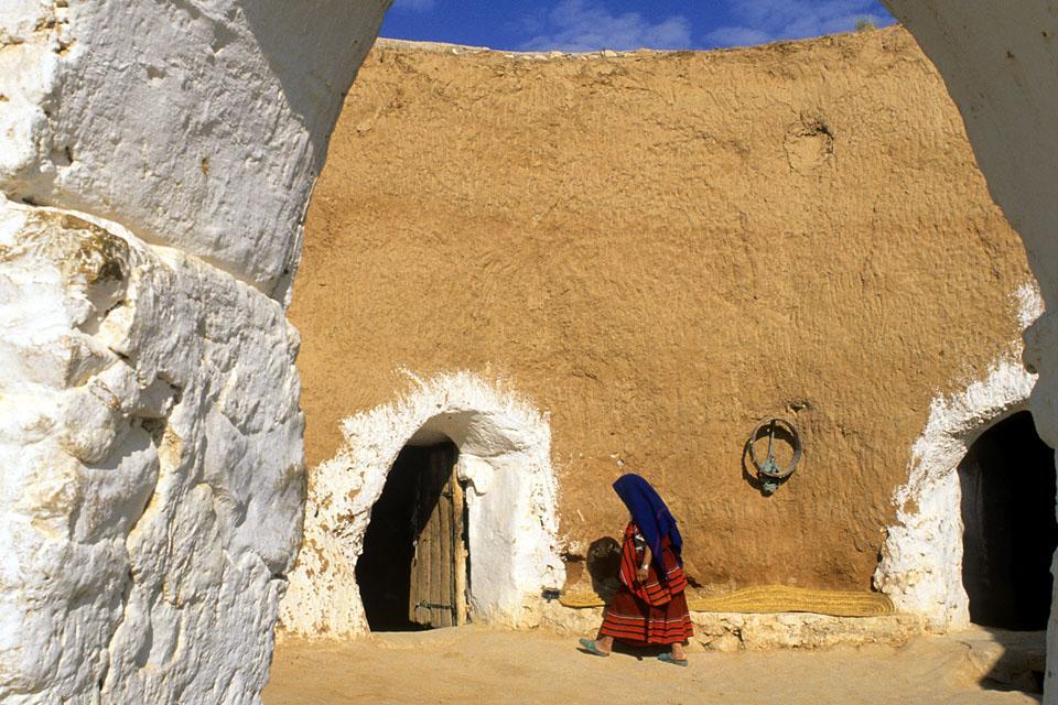 Le village de Matmata , Habitation troglodyte , Tunisie