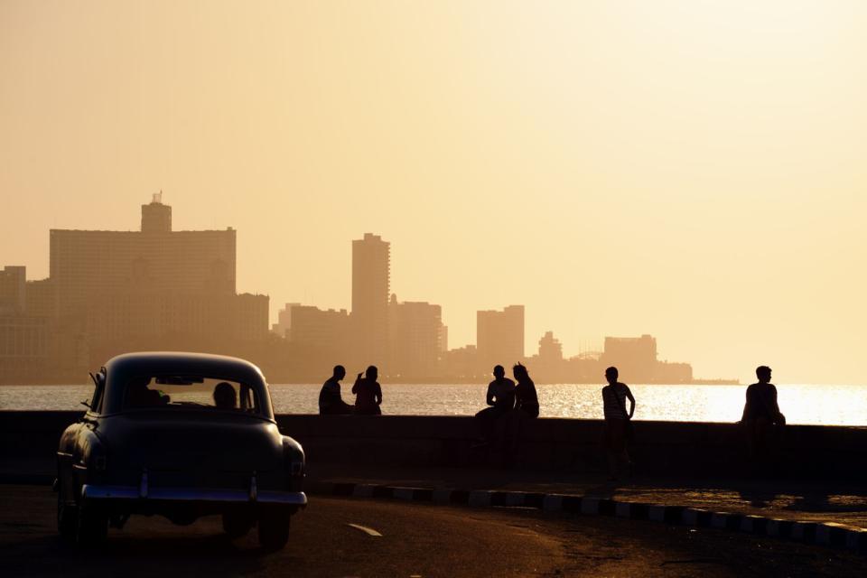 Le Malecon , Cuba