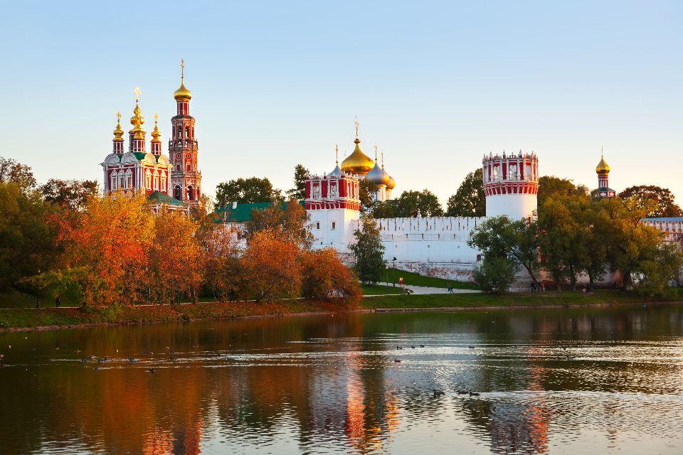 Le couvent de Novodiévitchi , Merveille de l'architecture baroque , Russie