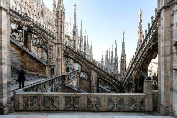Il Duomo , Italia