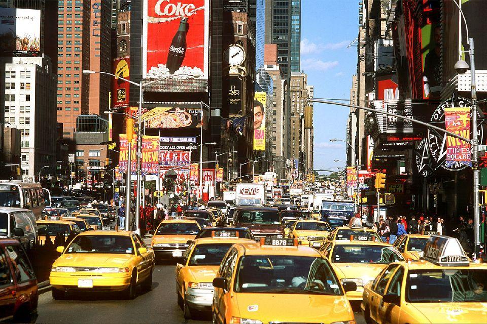 Times Square , Times Square le temple du Shopping , Etats-Unis