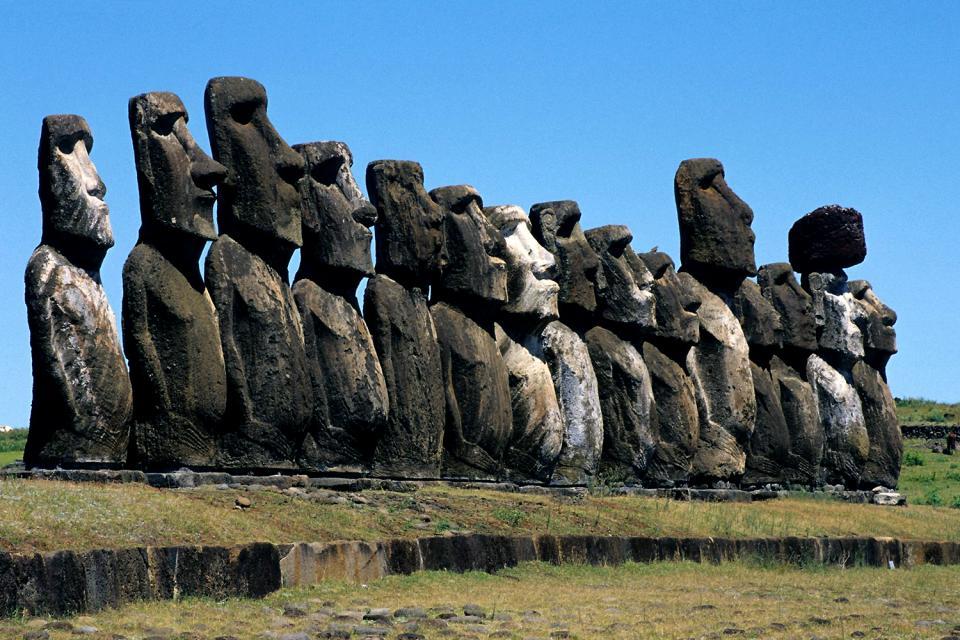 Fabuleux Les statues de l'île de Pâques - Ile de Pâques - Chili FS95