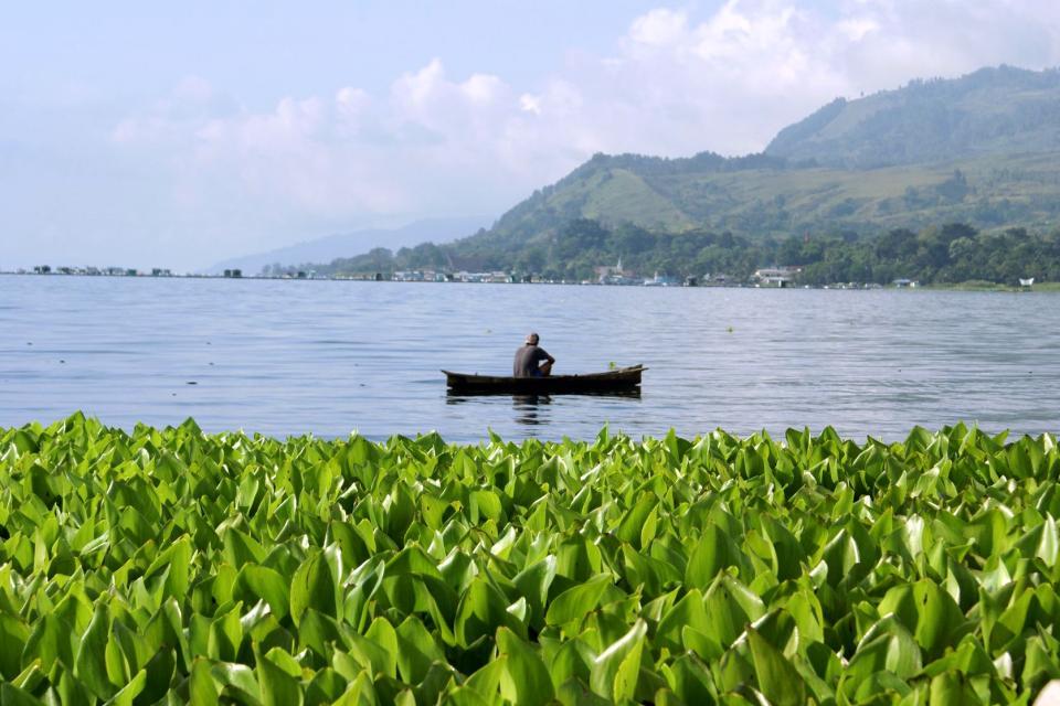 Lac Toba , Indonésie