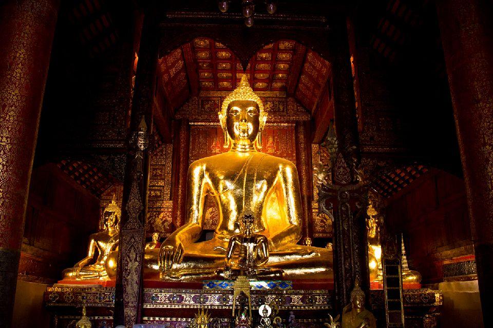 Les temples de Chiang Mai , Le Bouddha Phra Singh , Thaïlande