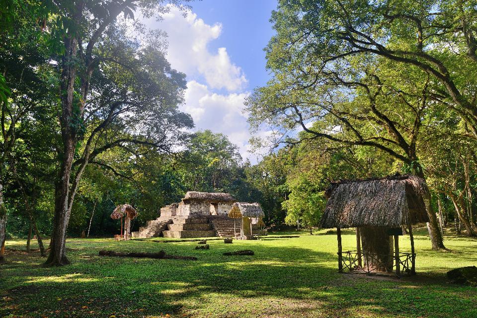Le site archéologique de Ceibal , Cité oubliée , Guatemala