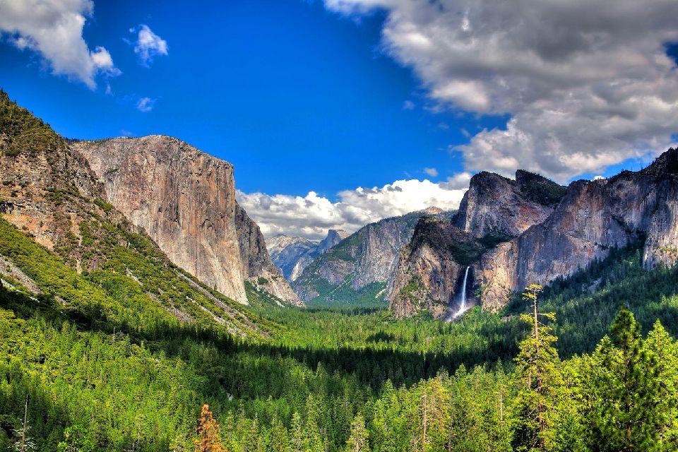 Le parc national de Yosemite , L'un des plus anciens parcs américains , Etats-Unis