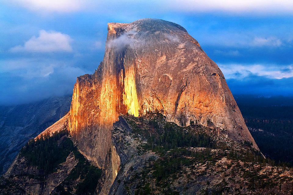 Le parc national de Yosemite , Le Half dôme , Etats-Unis