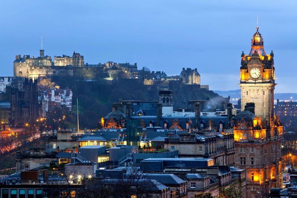 Le château d'Edimbourg , Un aspect fantastique , Royaume-Uni