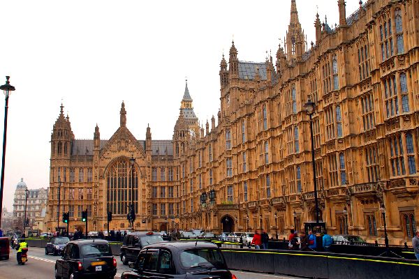Le Palais de Westminster , Un ensemble impressionnant , Royaume-Uni