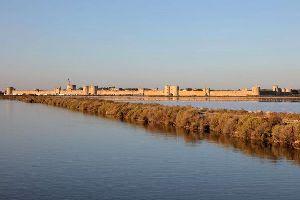 Les remparts d'Aigues Mortes , France