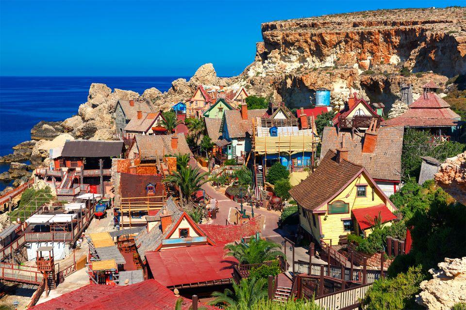 Un travail de longue haleine, Le Village de Popeye, Les arts et la culture, La Valette, Malte