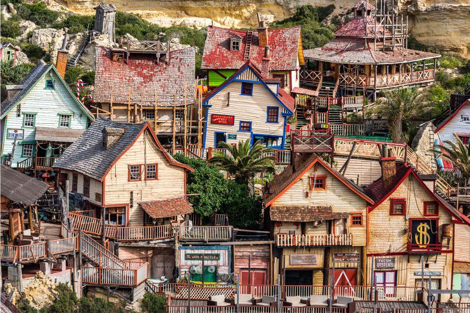 On est loin de Disneyland !, Le Village de Popeye, Les arts et la culture, La Valette, Malte