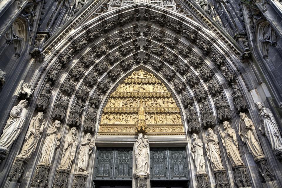 Les grands pèlerinages chrétiens à partir de l`Angleterre au Moyen-Âge - Canterbury -Terre-Sainte - Rome - Compostelle 452864