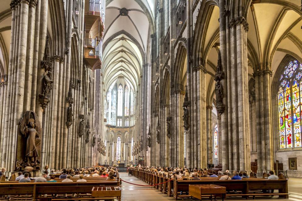 Les grands pèlerinages chrétiens à partir de l`Angleterre au Moyen-Âge - Canterbury -Terre-Sainte - Rome - Compostelle 452865