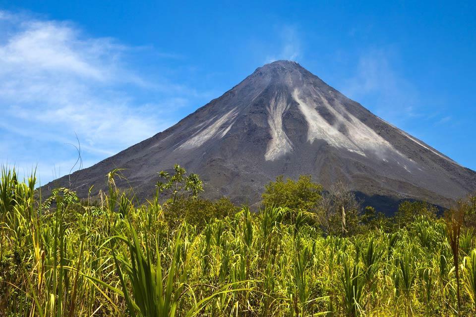 Los volcanes , El volcán Poás, Cordillera central , Costa Rica