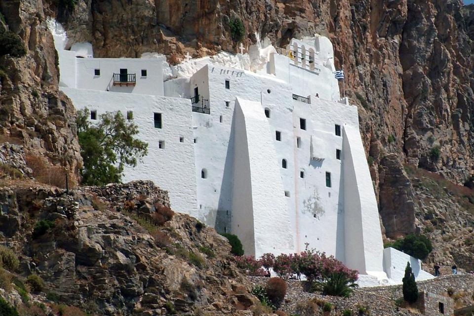 Le monastère de la Panaghia Chozoviotissa à Amorgos , Grèce