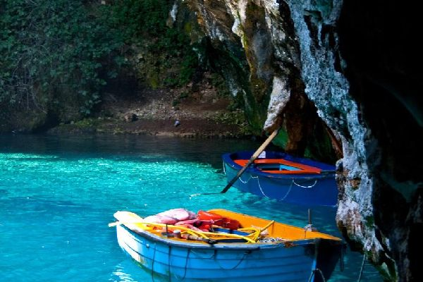 La grotte de Melissani à Céphalonie , Grèce