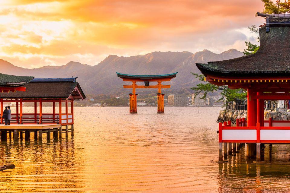 Sanctuaire shinto d'Itsukushima , Sanctuaire flottant , Japon