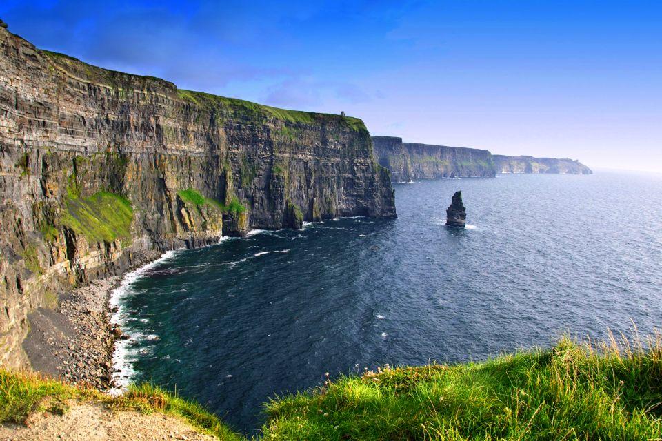Des géantes de schiste et de calcaire, Les Falaises de Moher, Les côtes, Dublin, Irlande