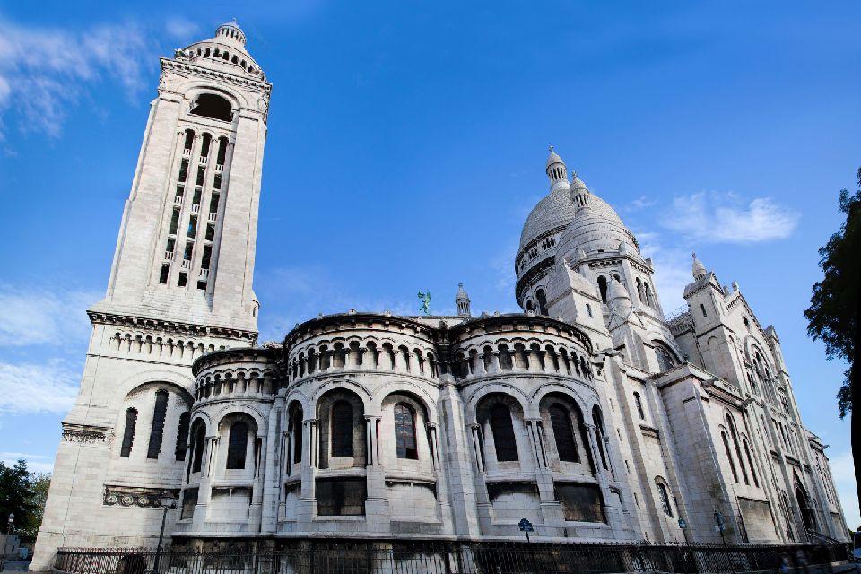 Le Sacré-Coeur , La tour carrée , France
