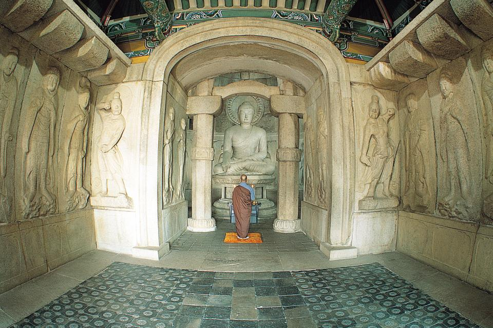 La grotte de Seokguram , Corée du Sud
