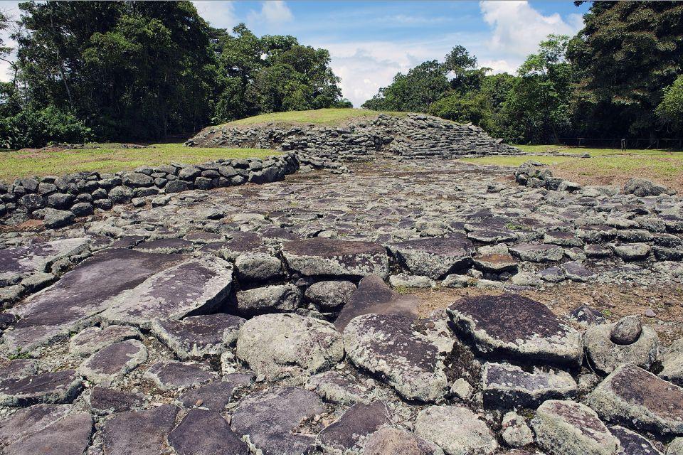 Il monumento nazionale Guayabo, Le rovine di Guayabo, I monumenti, Costa Rica